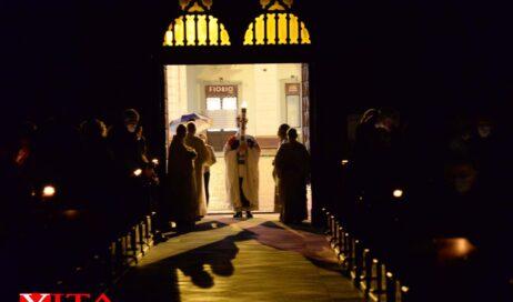 [Photogallery]. La Veglia Pasquale in Cattedrale