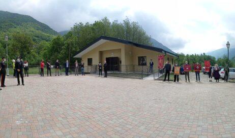 [photogallery]. Roure: inaugurati il nuovo municipio e la panchina contro la violenza sulle donne