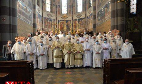 [ photogallery ]. La messa del Sacro Cuore col vescovo Derio