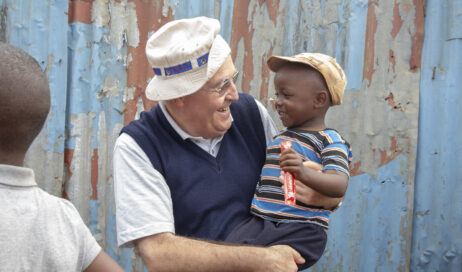 """Missioni Don Bosco. Il 5×1000 per fare """"miracoli"""" in tutto il mondo!"""