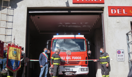 [photogallery]. A Fenestrelle la Caserma dei Vigili del Fuoco intitolata a Ezio Orcellet