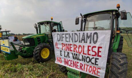 Coltivatori e allevatori del CAAPPsui trattori per dire no all'inceneritore Kastamonu